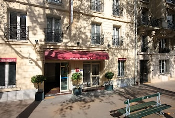 Picture of Hôtel Sunny in Paris