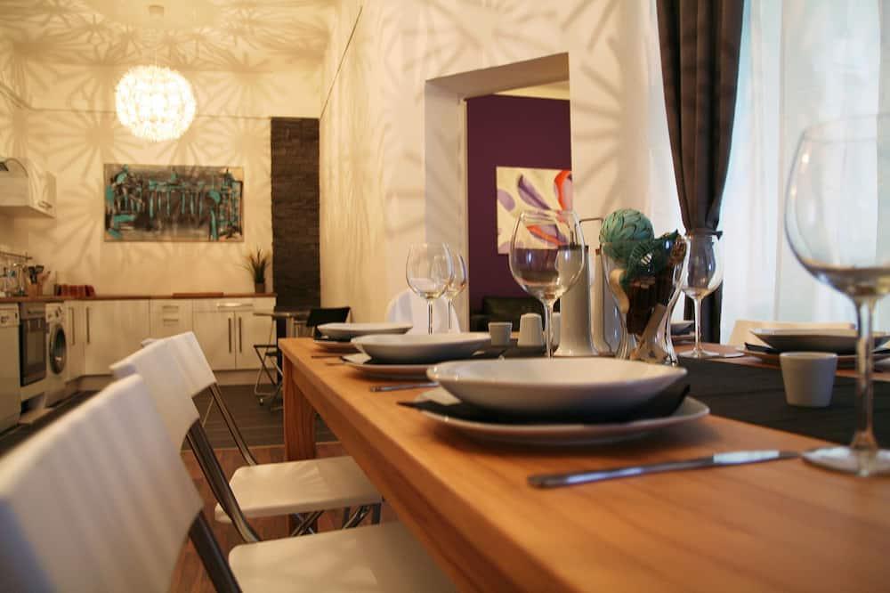 Lägenhet - 6 sovrum - Matservice på rummet