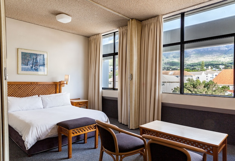 Gardens Centre Holiday Apartments, Cape Town, Standard Apartment, 1 Double Bed, Room