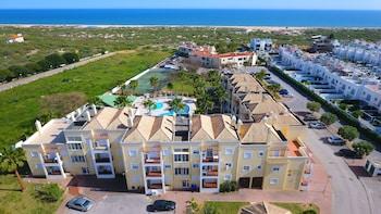 Picture of Praia da Lota Resort - Apartments in Vila Real Santo Antonio