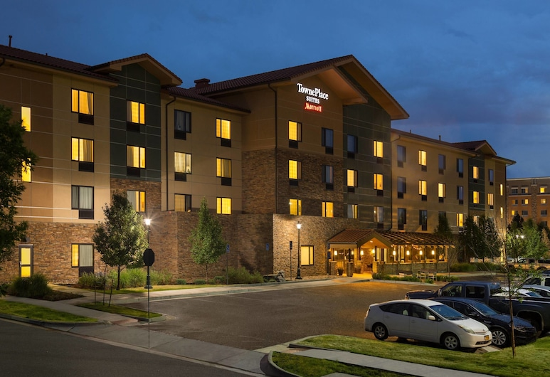 TownePlace Suites by Marriott Denver Airport at Gateway Park, Денвер