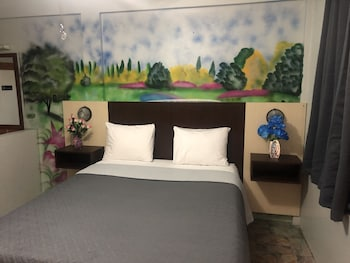 Picture of Best Time Inn in Belize City