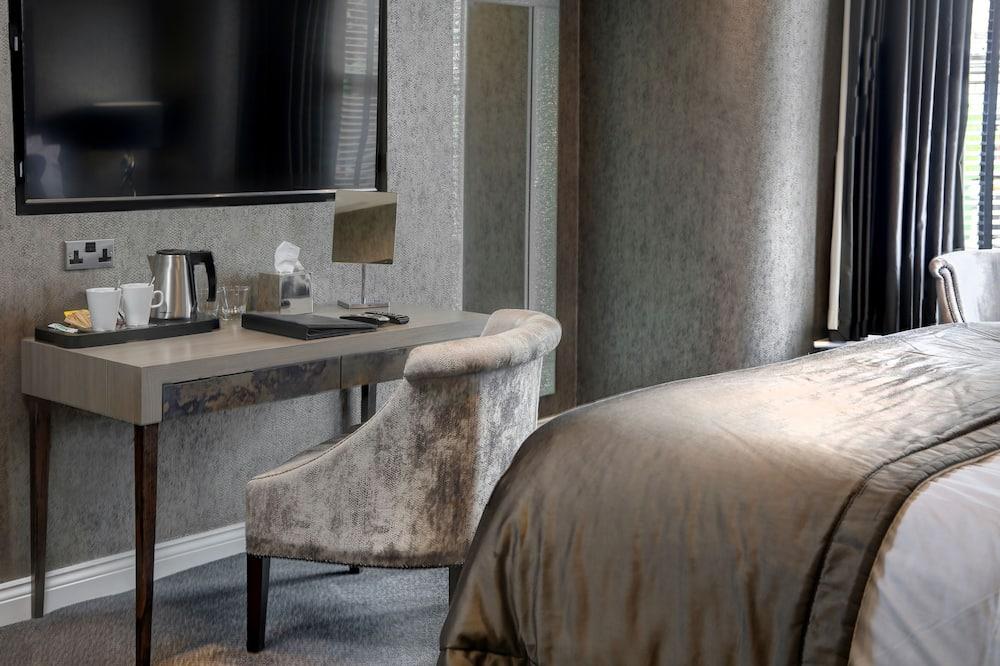 ห้องซูพีเรีย, เตียงคิงไซส์ 1 เตียง, ปลอดบุหรี่ (Converts to 2 Twin Beds) - พื้นที่นั่งเล่น