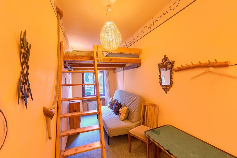 Basic Double Room Single Use, 1 Bedroom - Living Area