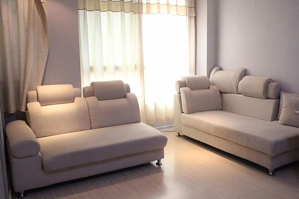 Departamento (with computer) - Sala de estar