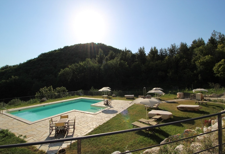 La Celletta Country House, Urbino, Pool