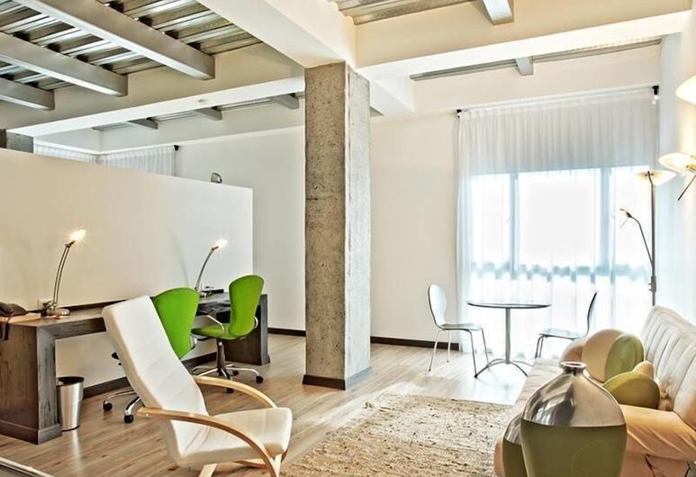 Hotel Habitat, Pereira, Junior Suite, 1 King Bed, Guest Room