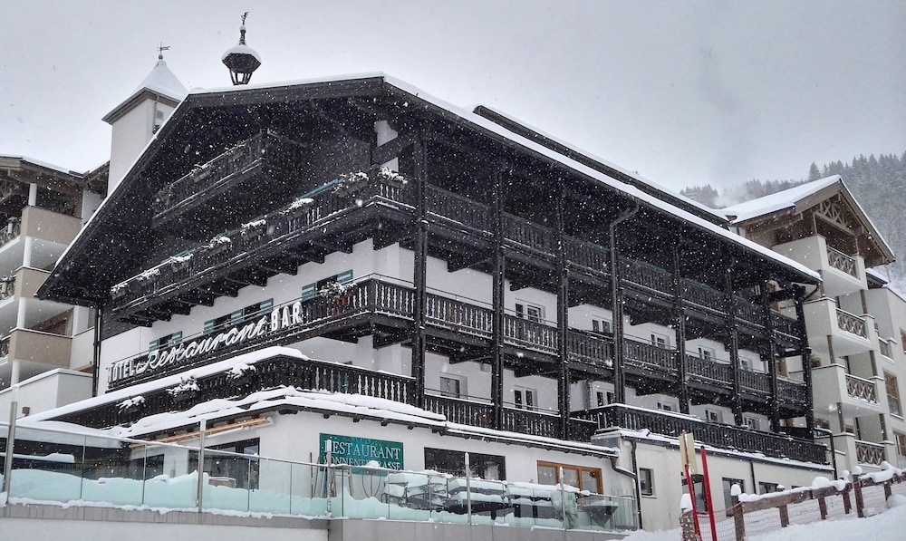 Haus Wolf im Alpine Palace New Balance Luxus Resort, Saalbach-Hinterglemm
