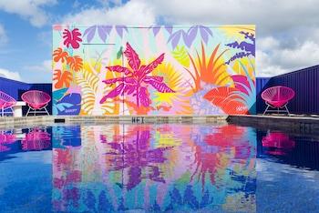 Picture of Shoreline Hotel Waikiki in Honolulu