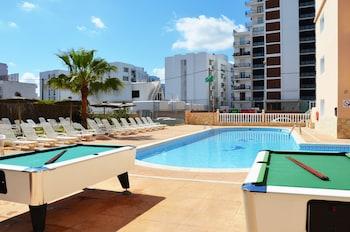 Foto del Hotel Apartamentos Central City - Adults Only en Sant Antoni de Portmany
