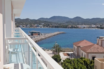 Picture of Hotel Apartamentos Central City - Adults Only in Sant Antoni de Portmany