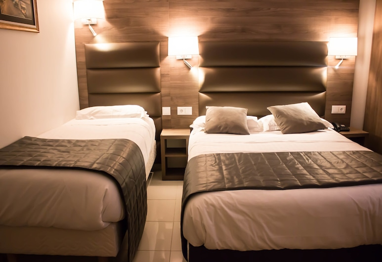 Hotel Agenor, Paris, Triple Room, Guest Room