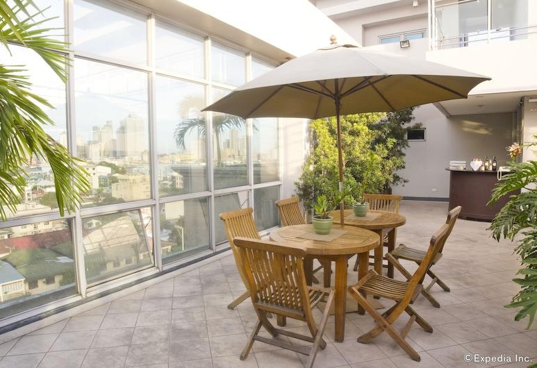 Herald Suites Solana, Makati, Teras/Veranda