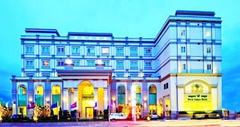 Picture of River Palace Hotel & Spa in Phnom Penh