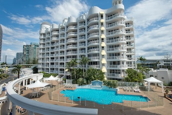 Фото Broadbeach Holiday Apartments в в Броудбиче
