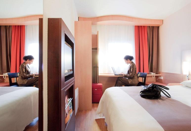 ibis Kaunas Centre, Kaunas, Double Room, 1 Double Bed, Guest Room