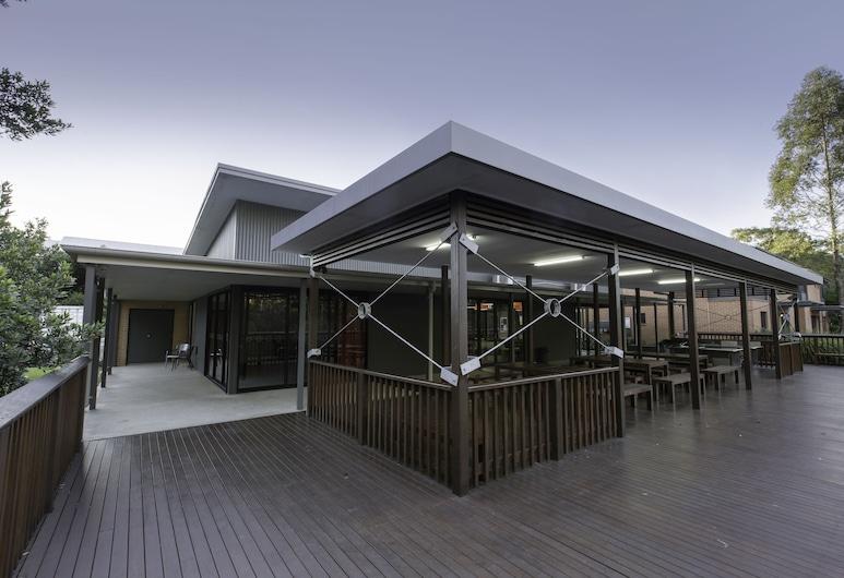 Macquarie University Village, Macquarie Park, Exterior