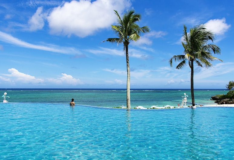 Hotel Moon Beach, Onna, Nekonečný bazén