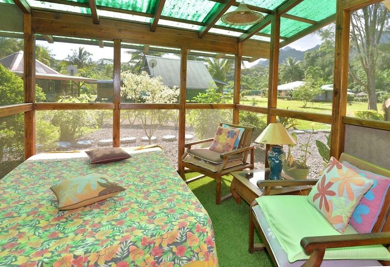 Mark's Place Moorea, Moorea-Maiao, Deluxe-villa utsikt mot hage terrasse, Gjesterom