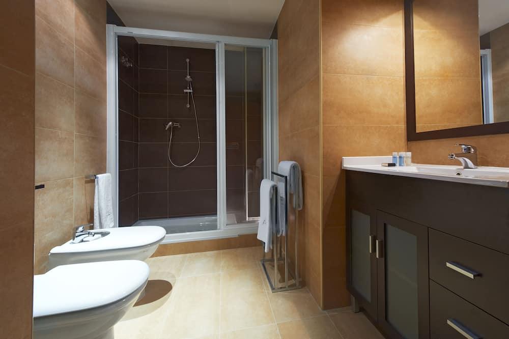 Superior Apartment Courtyard View Long Stay - Bilik mandi