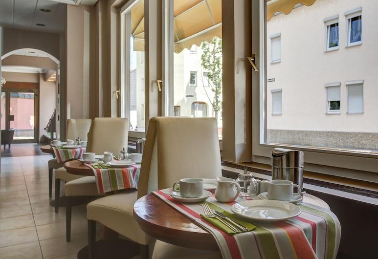 FF&E Hotel Hafner, Stuttgart, Área de Pequenos-almoços