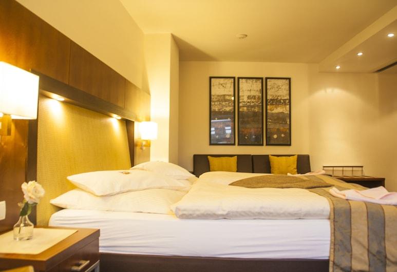 Hotel zum Adler, Bonn, Junior lakosztály, Vendégszoba