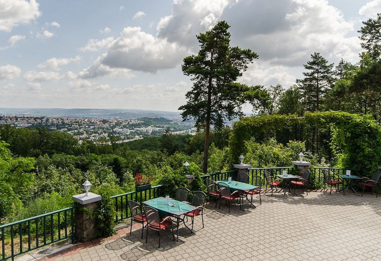 Myslivna, Brno, Terrasse/veranda