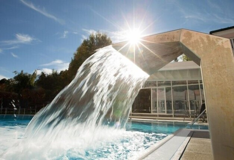 Maiers Hotel Schlafgut, Loipersdorf bei Fürstenfeld, Pool-Wasserfall