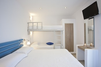 Picture of Colosseo Studios & Apartments in Naxos