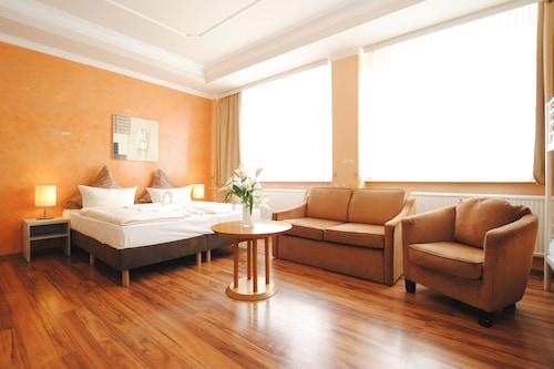 柏林雅嘉酒店/