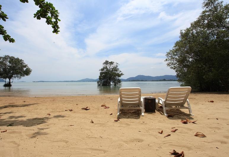 반 판와 리조트&스파, 위칫, 해변