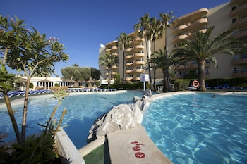 Picture of Aparthotel Alcúdia Beach in Alcudia