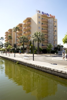 Enter your dates to get the Alcudia hotel deal