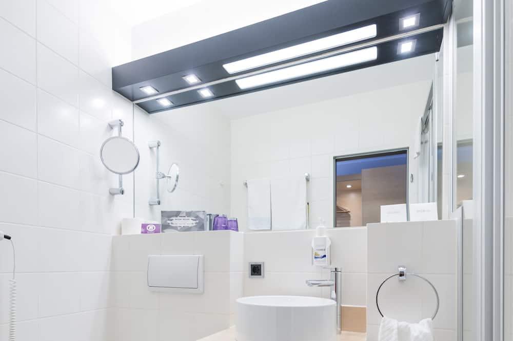 Classic Single Room, City View - Bathroom