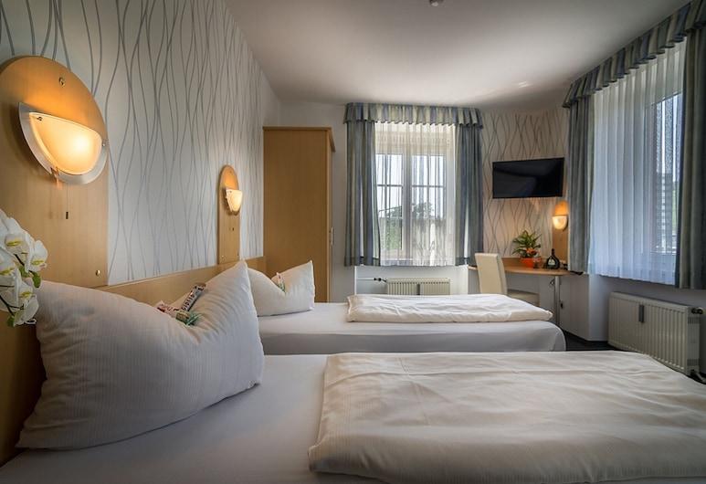 Hotel Regina, Wuerzburg, Čtyřlůžkový pokoj, Pokoj
