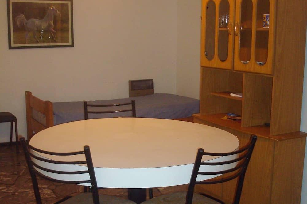 Family Διαμέρισμα - Γεύματα στο δωμάτιο
