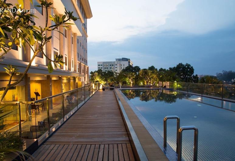 Grands i Hotel, Batam, Outdoor Pool