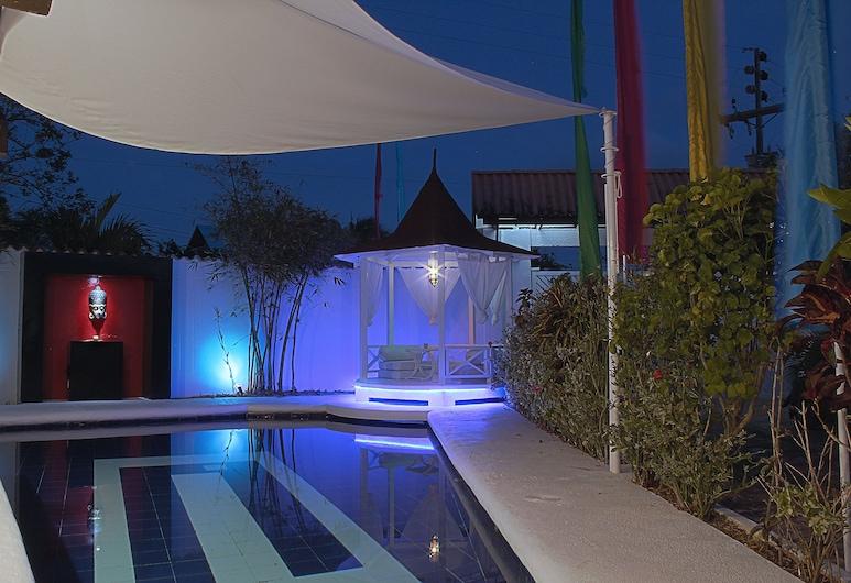 Hotel Buddha Villa, סן אנדרס, בריכה חיצונית