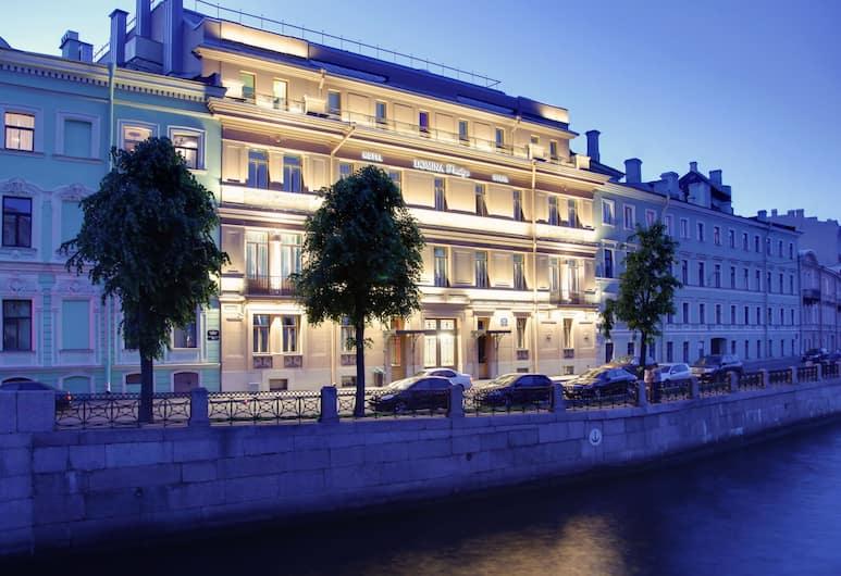 Domina St. Petersburg, St. Petersburg, Hadapan Hotel - Petang/Malam