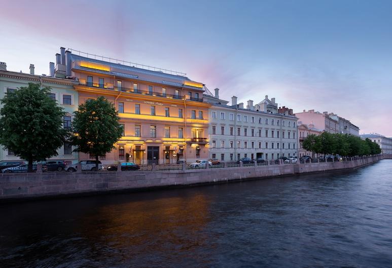 Domina St. Petersburg, St. Petersburg