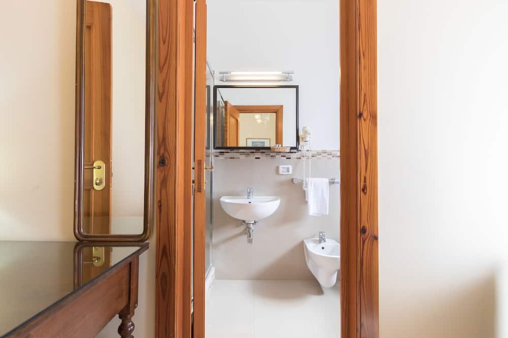 Classic dvokrevetna soba - Kupaonica