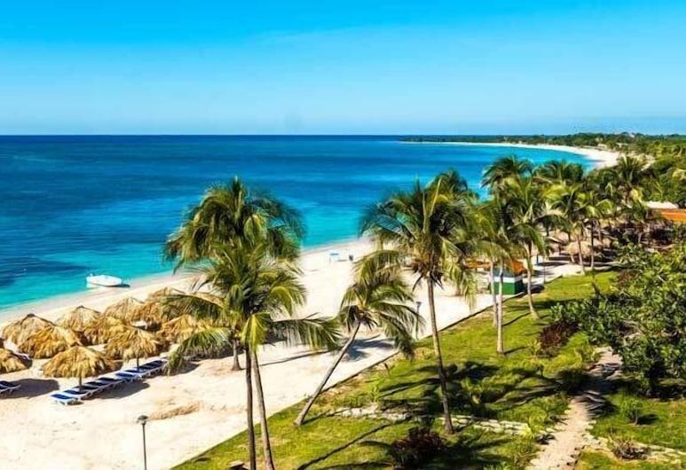 Hostal Maria de Rosas, Trinidad, Pláž