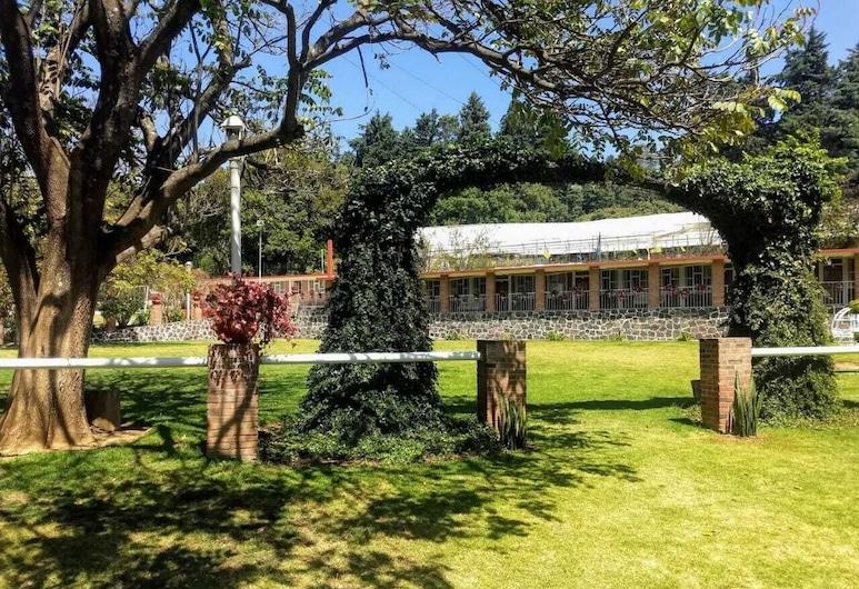 Finca Santa Teresa, Тенансінго, Територія готелю