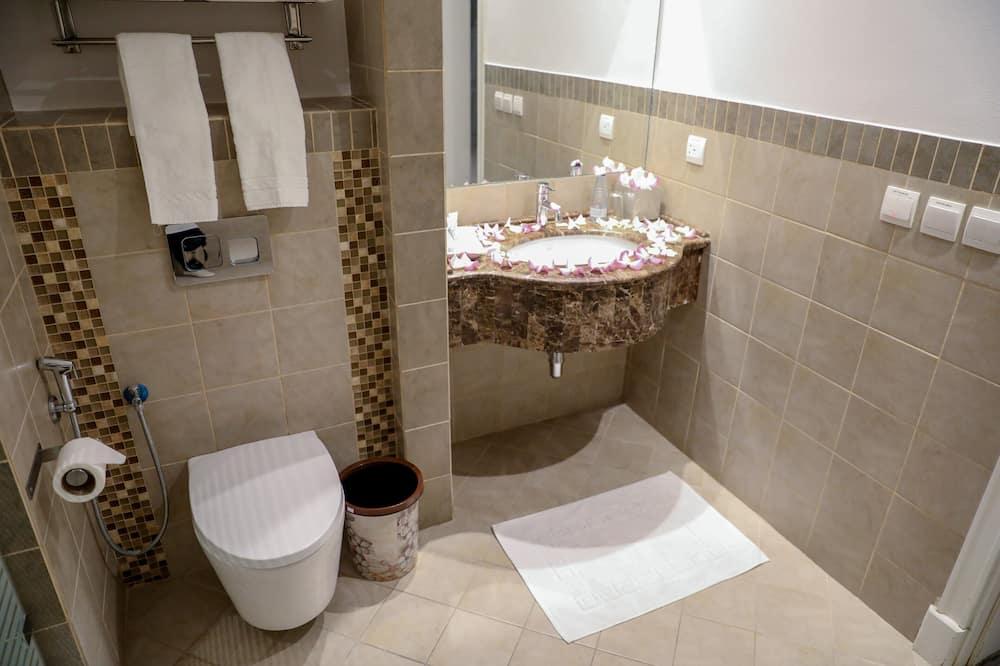 Panoramic Room - Bathroom