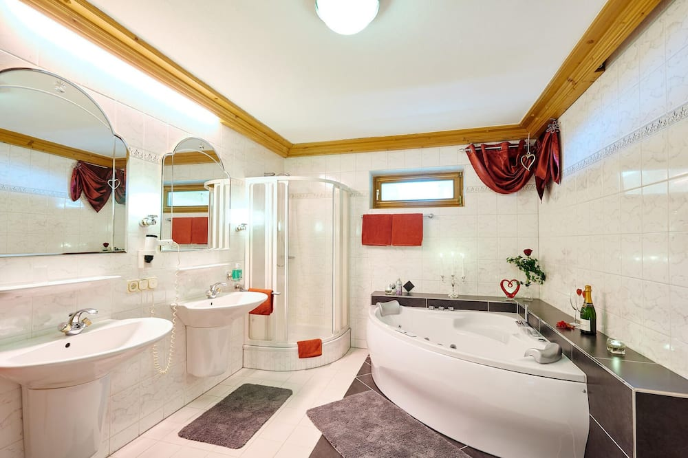 Habitación doble, bañera - Baño