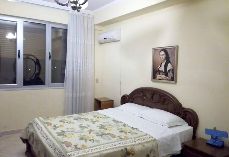 Apartment With 3 Bedrooms in Elbasan, With Wonderful Mountain View, Furnished Balcony and Wifi, Elbasan, Apartment, Mountain View, Room