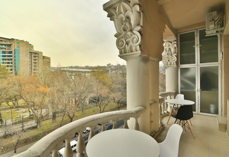 UPstairs Apart - Hostel, Jerevan, Dobbelt- eller tomannsrom, balkong, Balkong
