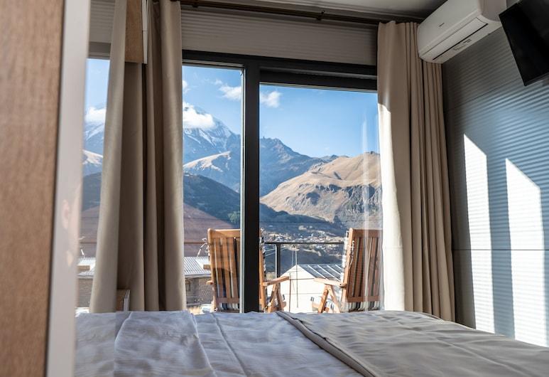 Отель Landscapes, Казбеги, Стандартный домик, Номер