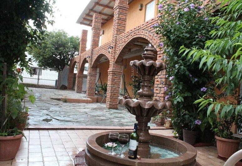 Hotel Jade Cerocahui, Urique, Garden