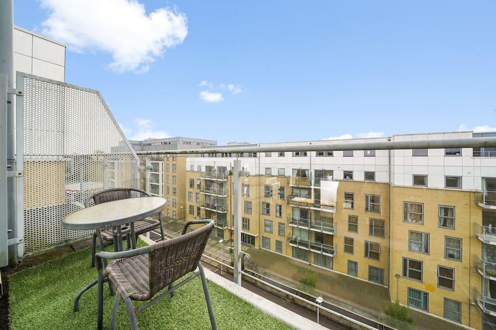 Luxusní apartmán, bezbariérový přístup, soukromá koupelna (with) - Výhled z balkonu